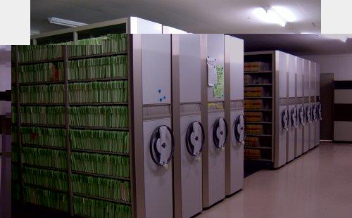 病院向け資料保管手動移動ラック設置工事